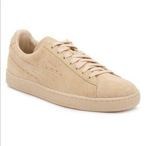 Puma Suede Classic Tonal Sneaker